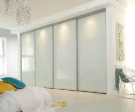 Modern Bedroom Doors Best 25 Sliding Wardrobe Ideas On Pinterest