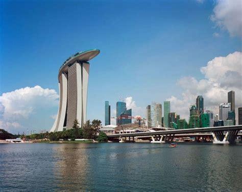 singapur schwimmbad auf dem dach im himmel schwimmen sweet home