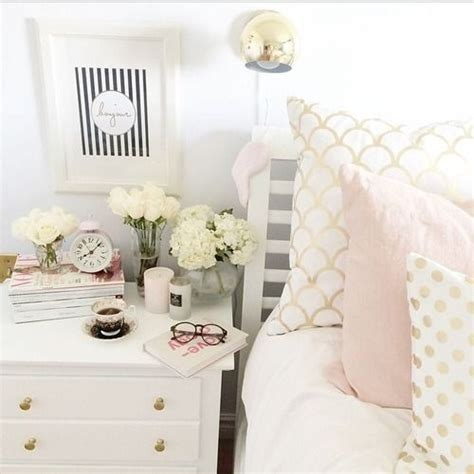White Gold Bedroom Decor by 25 Best Ideas About Light Pink Bedding On