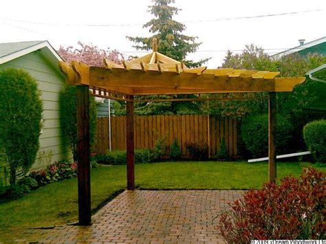 12 best triangle yard images on pinterest