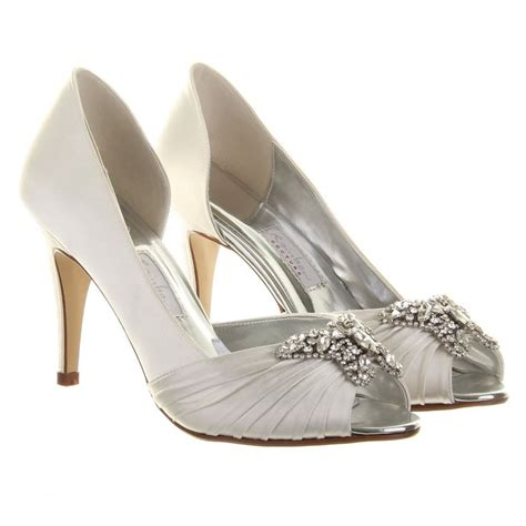 Wedding Shoes Accessories by 17 Best Images About Butterfly Bridal Accessories On
