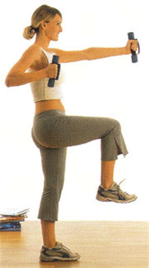 esercizi con i pesi a casa esercizi braccia seno pettorali spalle programma di