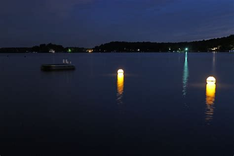 solar powered buoy lights solar illuminating buoy marker