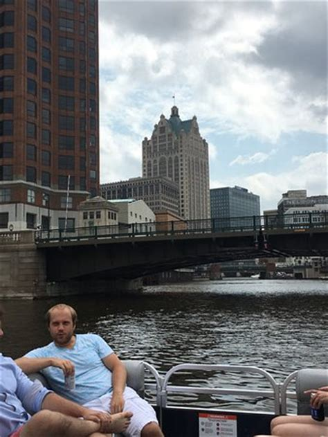 boat tour riverwalk riverwalk boat tours milwaukee 2018 all you need to