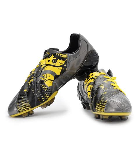 nivia sport shoes nivia cannon football studs buy nivia cannon football