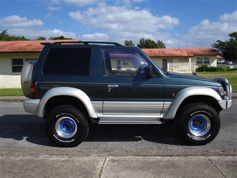 how to fix cars 1994 mitsubishi pajero security system fleetwood8890 1994 mitsubishi pajero specs photos modification info at cardomain