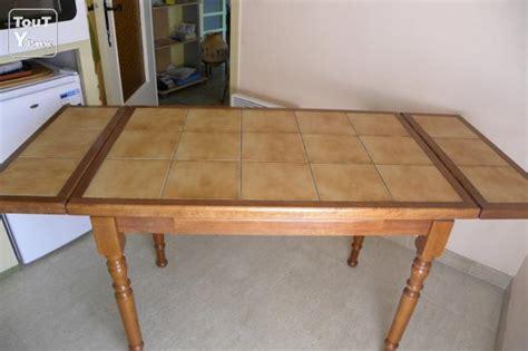 relooker table de cuisine table de cuisine carrel 233 e et chaises cyprien 66750