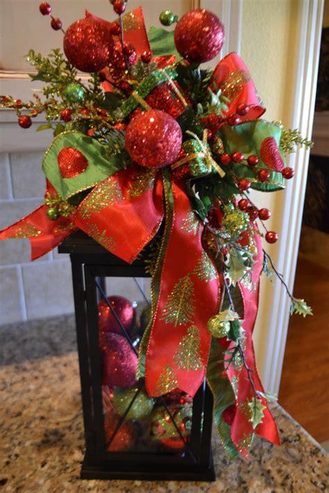 festive present lantern swag