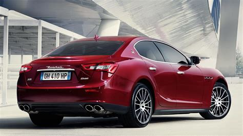 maserati malaysia updated maserati ghibli and ghibli s now available in