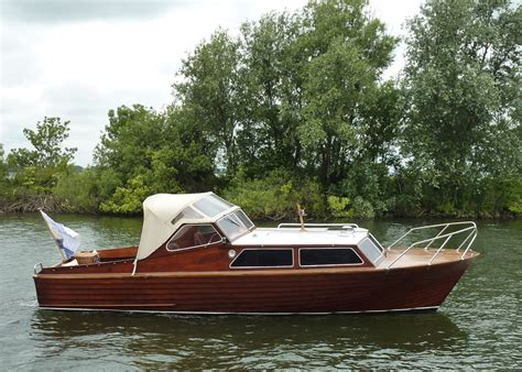 motorjacht bouwers nederland motorboot mahonie overnaads te koop 17000
