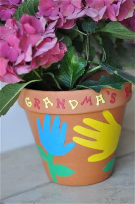 A Flowerpot Craft Perfect for Grandma's Garden   What to
