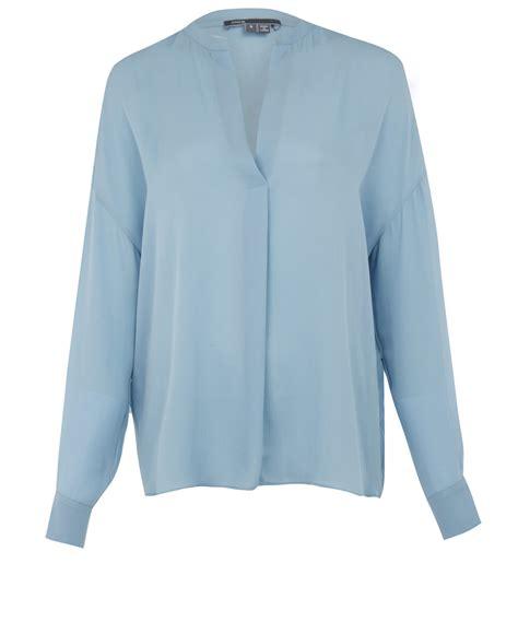 Lyst Vince Light Blue Silk Blouse In Blue