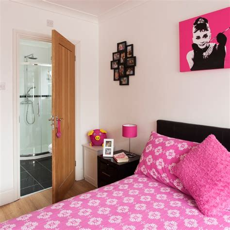 Bedroom Pink And White by Pink And White Bedroom Beautiful Pink Decoration