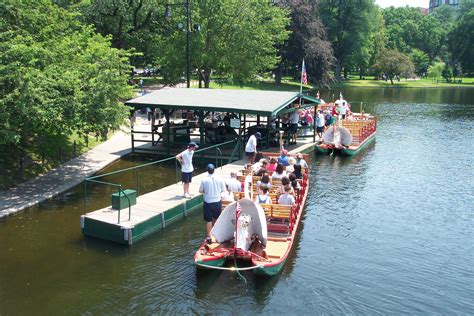 house boats boston swan boats boston massachusetts wiki everipedia
