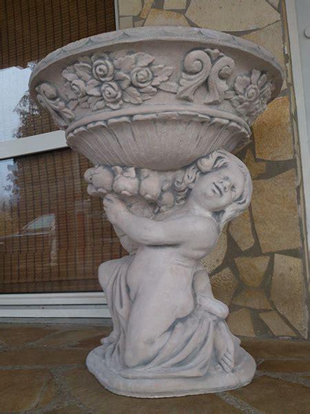 steinfiguren für den garten beton design onlineshop f 195 188 r gartenfiguren