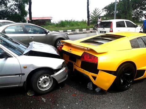Lamborghini Car Crashes Daihatsu Crashes Into Lamborghini Murcielago In Malaysia