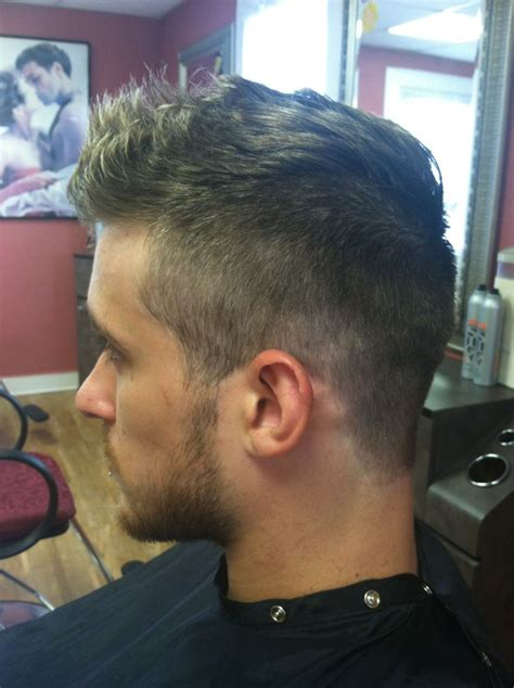 fohawk hairstyle pictures 17 b 228 sta bilder om guys haircuts p 229 pinterest sk 228 gg h 229 r