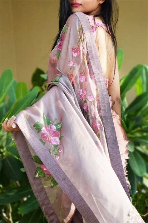 buy mauve hand painted saree   india colorauction