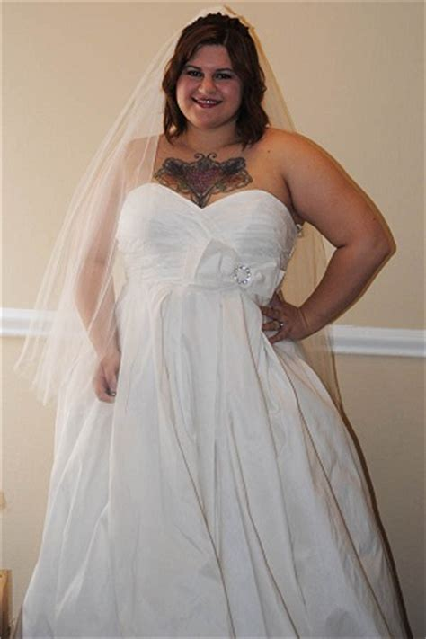 Wedding Dresses Size 16 by Size 14 16 In Wedding Dress Pictures Weddingbee