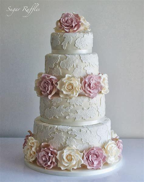Wedding Cake Lace by Gorgeous Lace Wedding Cakes The Magazine