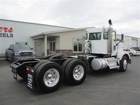 2010 kenworth trucks for sale 2010 kenworth t800 day cab semi truck for sale 195 000