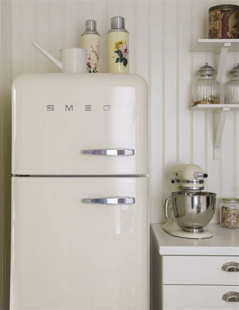 retro kitchen appliances 25 best ideas about retro kitchen appliances on pinterest vintage stove vintage stoves and