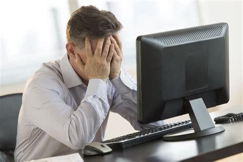 forti giramenti di testa improvvisi giramenti di testa improvvisi possibili cause e rimedi