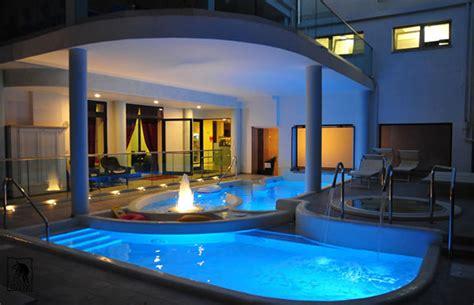 hotel rimini con piscina interna hotel rimini 3 stelle con piscina coperta wroc awski