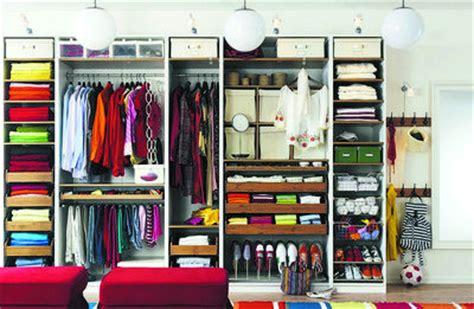 Kleiderschrank Organisieren by 6 Geniale Beispiele F 252 R Ordnung Im Kleiderschrank
