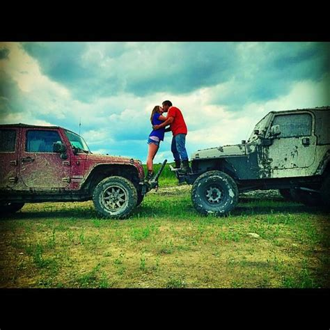 jeep couple relationship goals jeep love couple photos pinterest