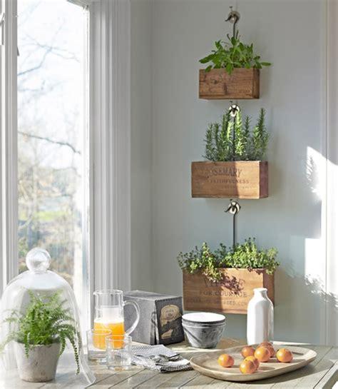 Herbs House by Decoraxpoco Decorando Con Pales Y Cajas De Madera