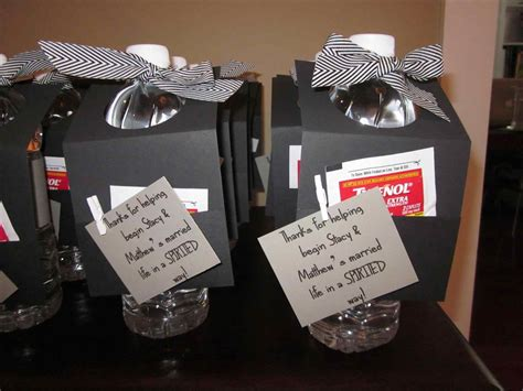 Graduation Giveaways - graduation party favors for guests siudy net