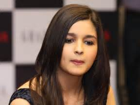 Alia bhatt 2 a celebrity mag