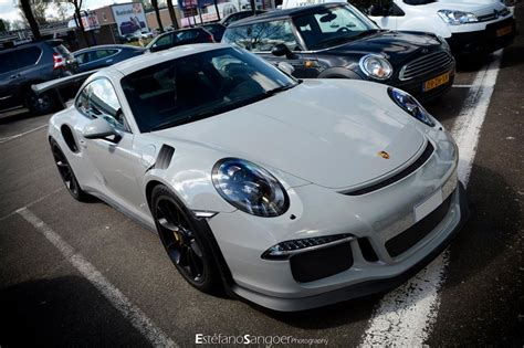 fashion grey porsche gt3 fashion grey porsche 991 gt3 rs spotted with guard