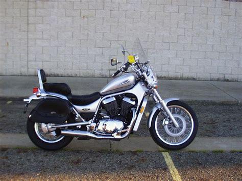 2002 Suzuki Intruder 1500 Buy 2002 Suzuki Intruder Lc Vl 1500 Cruiser On 2040 Motos