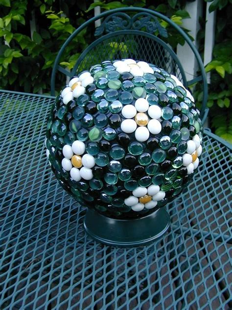 Garden Decorating Bowling Balls garden made from decorating bowling balls neat
