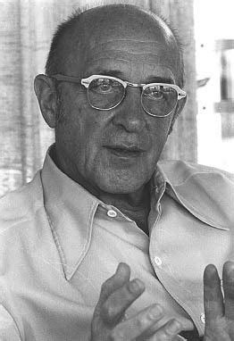 on becoming a person a therapist s view of psychotherapy books carl rogers
