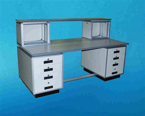 tavolo da laboratorio nuova pagina 1