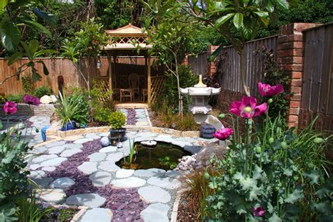 chinese backyard design a chinese garden wendy cartwright garden design