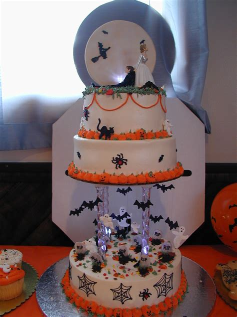 halloween wedding cake cake idea red velvet wedding chocolate