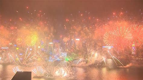 new year 2018 in hong kong hong kong s spectacular new year 2018 fireworks