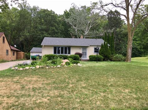 dog house maplewood house maplewood 28 images at 1 7m kermit road house breaks recent record for
