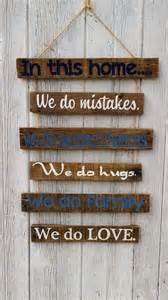 Rustic Reception Desk Diy Recycled Pallet Sign Boards Pallet Wood Projects