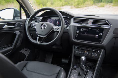 volkswagen tiguan 2018 interior 2018 volkswagon tiguan interior pictures to pin on