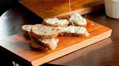milks cream  bread  sugar pan  nata de leche