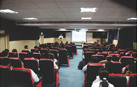 Is Fiib Is A Mba College by Fiib Mba Pgdm College Aicte Approved Courses Fiib