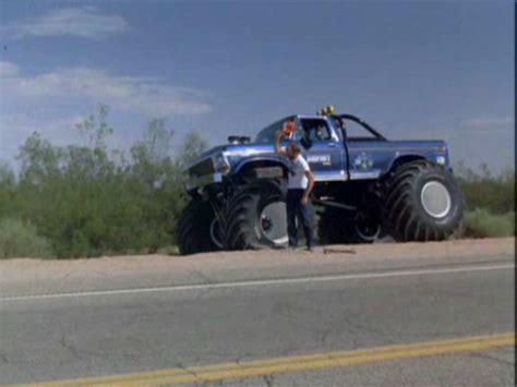 1979 bigfoot truck imcdb org 1979 ford f 250 bigfoot in quot cannonball run ii