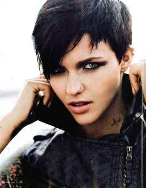 16 Rocking The Pixie Cut 25 best ideas about pixie cut on