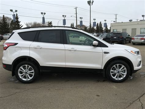 Topi Ford White Ford New Ford Escape Ford New Everest Ford Rang new 2017 ford escape se 4 door sport utility in edmonton 17sc1330 freedom ford