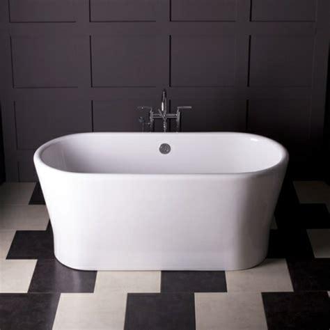 135 kleine Badewannen   freistehend und eingebaut